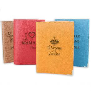 Protège passeport cuir personnalisé spécial maman