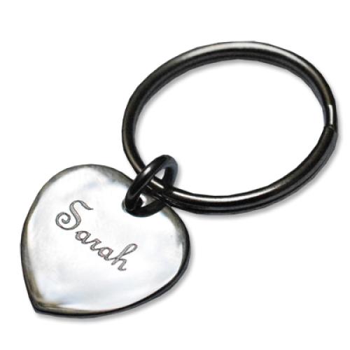 Petit coeur gravé en porte-clés