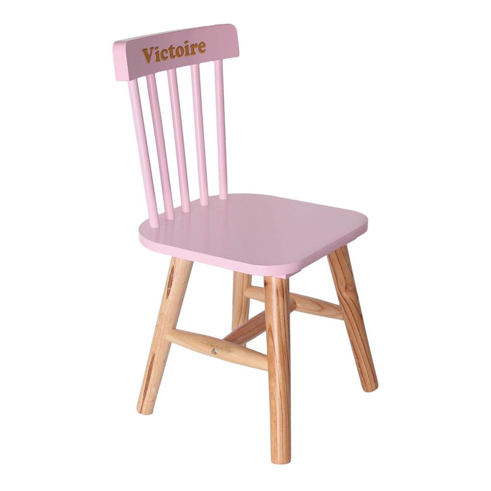 joli cadeau id e cadeau naissance chaise rose pour enfant personnalis e. Black Bedroom Furniture Sets. Home Design Ideas