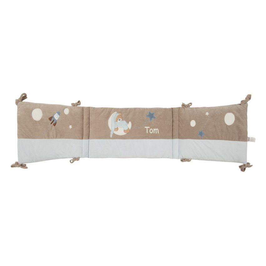 joli cadeau id e cadeau naissance tour de lit petit ours bleu pr nom. Black Bedroom Furniture Sets. Home Design Ideas